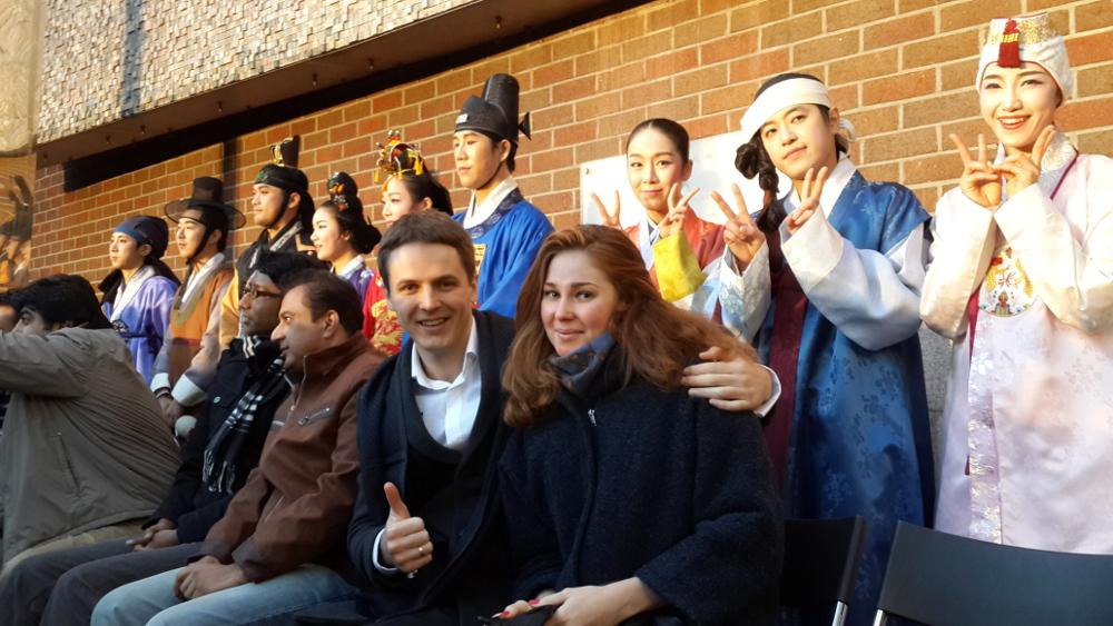 with actors 2